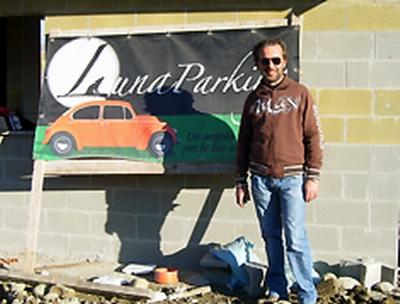 Luna Parking!